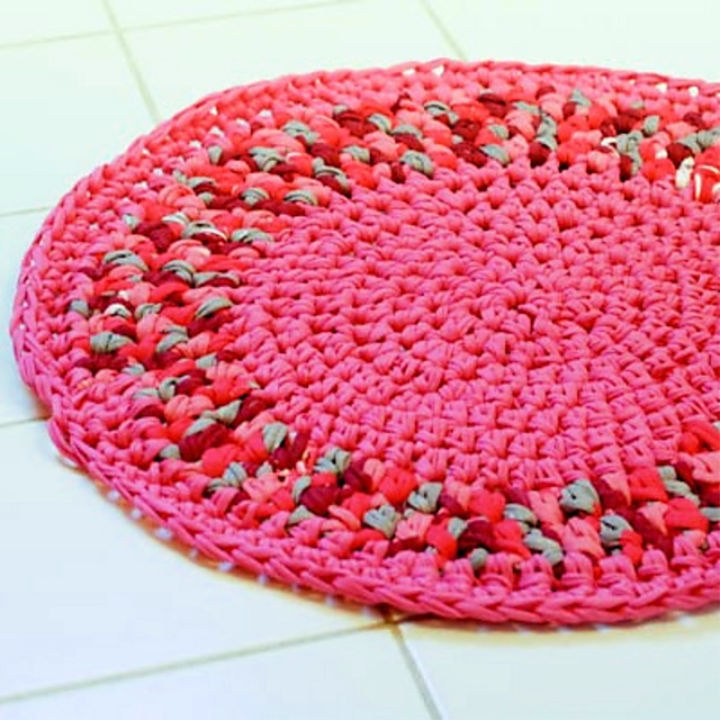 Free Easy Crochet Rug Pattern--cat face rug pattern would be cute ... | 720x720
